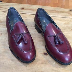 Foot Joy classics dress shoes;  size 10 1/2C